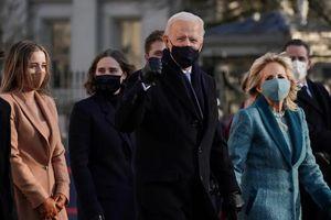 Bị phong tỏa và giãn cách, dân Mỹ theo dõi ông Biden nhậm chức thế nào?