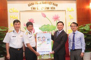 Bí thư Tỉnh ủy Nguyễn Khắc Định tiếp lãnh đạo vùng 4 Hải quân đến chúc Tết
