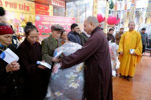 Trung ương Giáo hội, Ban Từ thiện xã hội Phật giáo TP.HCM trao quà Tết tại Thái Nguyên