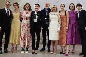 'Đội ngũ' cháu gái của Tổng thống Joe Biden: Những biểu tượng thời trang mới của Nhà Trắng