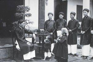 Tết Việt Nam xưa qua góc nhìn của các học giả phương Tây và Việt Nam