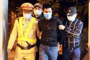 Bắt hàng loạt tội phạm mang lệnh truy nã