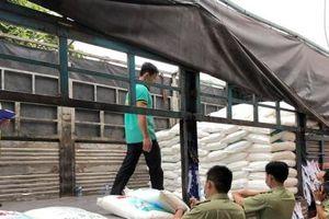 Bắt giữ 45 tấn bột ngọt Trung Quốc nghi nhập lậu