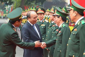 Chùm ảnh: Thủ tướng thăm, chúc Tết cơ quan Bộ Tư lệnh Bộ đội Biên phòng