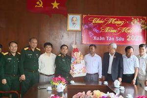 Đoàn công tác Quân khu 5 thăm, chúc tết tại Đắk Lắk