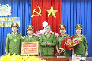 Khen thưởng đột xuất CAQ Ngũ Hành Sơn