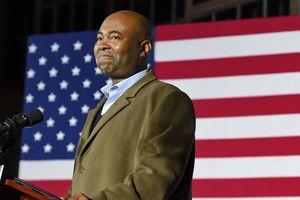 Đối mặt chu kỳ đầy thách thức, đảng Dân chủ Mỹ chọn được Chủ tịch mới