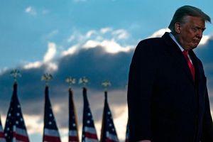 Phe Dân chủ rục rịch ra tay 'xử' chuyện bạo loạn, đảng Cộng hòa muốn kéo dài thời gian cho ông Trump