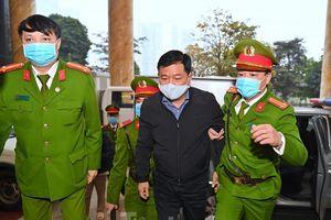 Sáng nay, ông Đinh La Thăng, Trịnh Xuân Thanh tiếp tục ra tòa trong vụ Ethanol Phú Thọ