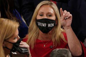 Nghị sĩ ủng hộ thuyết âm mưu đệ đơn luận tội Tổng thống Biden