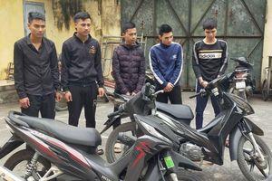Thanh Hóa: Bắt nhóm đối tượng dùng kiếm, súng bắn nhau trên phố