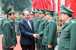 Thủ tướng Nguyễn Xuân Phúc làm việc với Bộ đội Biên phòng