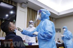 Việt Nam ghi nhận 2 ca mắc mới COVID-19, đều cách ly sau khi nhập cảnh