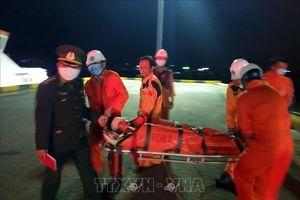 Kịp thời đưa một thuyền viên bị nạn nguy kịch trên biển về bờ an toàn