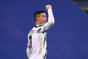 Ronaldo bị từ chối kỷ lục ghi bàn
