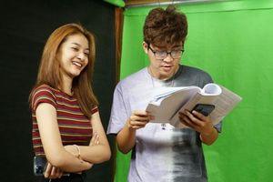 Rapper ICD và Á hậu Lona Kiều Loan 'song kiếm hợp bích' tại Táo Xuân 2021