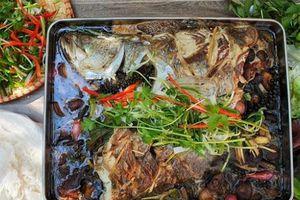 Cách làm món cá chẽm hấp xì dầu nóng hổi, xua tan giá lạnh ngày đông