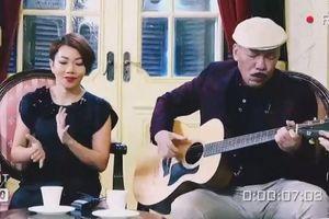 Nhạc sĩ Trần Tiến ôm đàn hát 'Mặt trời bé con'