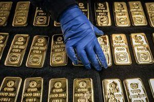 Nhà đầu tư chốt lời khiến vàng quay đầu giảm giá