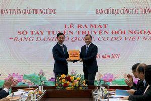 Ra mắt cuốn sách 'Rạng danh Tổ quốc cơ đồ Việt Nam'
