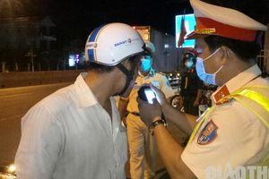 Chủ tịch Bạc Liêu: 'CSGT phải nắm bắt tâm lý người vi phạm nồng độ cồn'