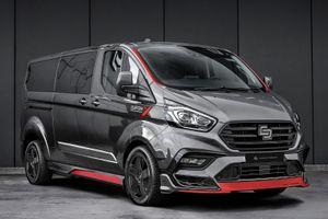 Ford Transit Connect bất ngờ hóa xe sang nhờ bản độ của Carlex Design