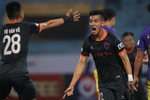 Vòng 2 V-League 2021: Nam Định thất bại trước Hải Phòng, B.Bình Dương gieo sầu cho Hà Nội FC