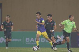 HLV Chu Đình Nghiêm: 'Hà Nội FC có thể rơi top 8 tranh trụ hạng'