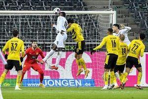Đấu sớm vòng 18 Bundesliga: Monchengladbach vượt qua Dortmund với tỉ số 4-2