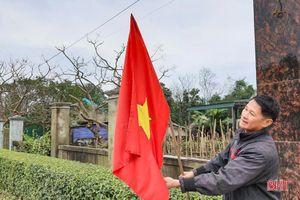 Chuyện người đàn ông ở Hà Tĩnh gần 50 tuổi vẫn quyết tâm vào Đảng