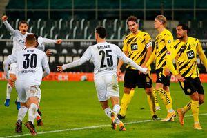 Borussia Dortmund đứng trước nguy cơ mất tất cả ở mùa này