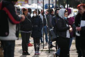 Bulgaria nới lỏng quy định phòng dịch COVID-19