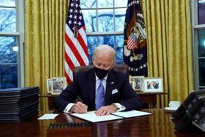 Toàn cảnh phòng bầu dục của ông Biden, thông điệp ngầm gửi qua cách bài trí
