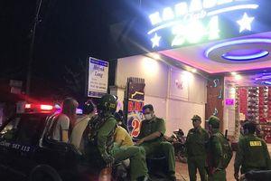 An Giang: Phát hiện 14 đối tượng dương tính với ma túy trong quán Karaoke
