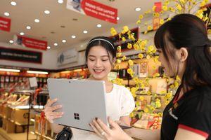 Nhiều mẫu laptop giảm giá 30% dịp cuối năm
