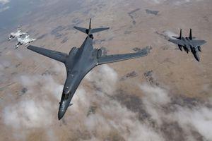 Toan tính của Mỹ khi bất ngờ điều B-1B Lancer áp sát biên giới Nga