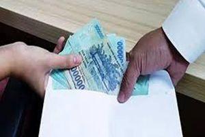Không xử lý người đưa tiền cho Chánh Văn phòng Sở Y tế Tiền Giang