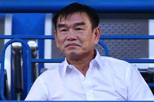 HLV Phan Thanh Hùng bác bỏ thông tin làm CLB bất ổn