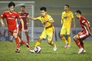 Cựu cầu thủ Olympic Việt Nam tỏa sáng trước đội vô địch V.League