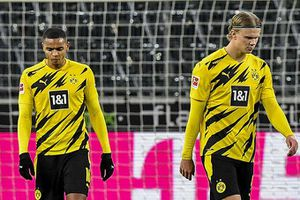 Borussia Dortmund với sự sa sút kỳ lạ