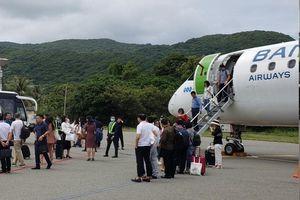 Nghi rò rỉ nhiên liệu, máy bay Bamboo Airways hạ cánh khẩn cấp