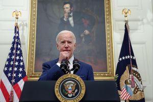 Ông Biden theo bước ông Trump đẩy mạnh 'dùng hàng Mỹ'