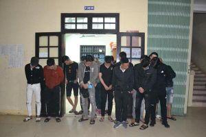 'Đột kích' nhà nghỉ ở Quảng Trị lúc nửa đêm, phát hiện 22 đối tượng dương tính ma túy