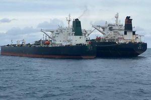 Indonesia bắt giữ tàu chở dầu Iran và Panama