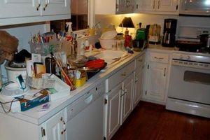 Sai lầm trong bếp gây hại sức khỏe cả nhà