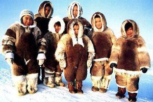 Khám phá tộc người ở nơi tuyết phủ quanh năm: Không hôn nhau vì sợ dính chặt môi