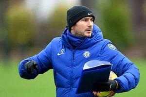 Nhìn lại 18 tháng thăng trầm Lampard dẫn dắt Chelsea