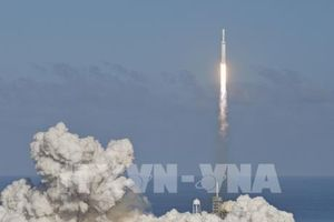 SpaceX lập kỷ lục phóng cùng lúc 143 vệ tinh vào không gian