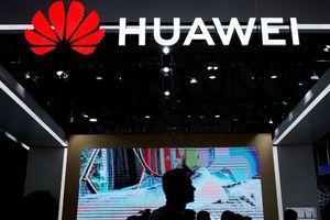 Tới bước đường cung, Huawei tính chuyện bán 2 'viên ngọc quý' mảng smartphone