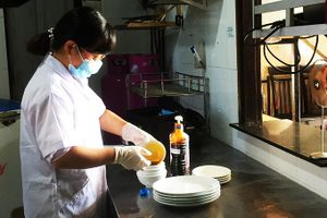 Ra quân kiểm tra an toàn thực phẩm Tết